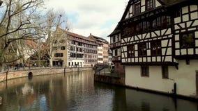 Tradycyjni kolorowi domy w losie angeles Ma?y Francja, Strasburg, Alsace, Francja ?redniowieczna domowa fasada, historyczny miast zbiory