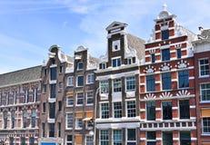 Tradycyjni rzędów domy w Amsterdam Zdjęcia Royalty Free