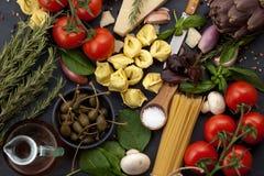 Tradycyjni składniki włoska kuchnia Fotografia Stock
