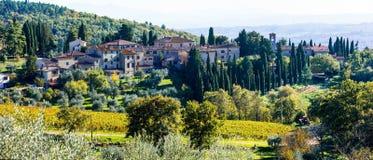 Tradycyjni wiejscy krajobrazy i wioski Tuscany Chianty vi Obraz Stock
