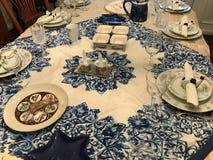 Tradycyjny Żydowski Passover obiadowego stołu położenie zdjęcie royalty free
