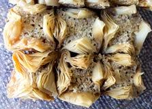Tradycyjny Arabski cukierki baklava z orzechem włoskim, pecan Zdjęcia Royalty Free