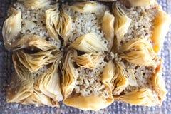 Tradycyjny Arabski cukierki baklava z orzechem włoskim, pecan Fotografia Royalty Free