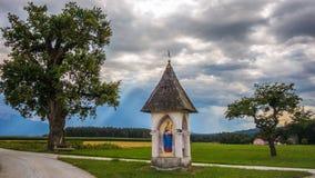 Tradycyjny Austria z dramatycznym niebem obraz stock