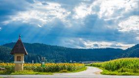 Tradycyjny Austria z dramatycznym niebem obraz royalty free