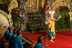 Tradycyjny balijczyka Legong i Barong taniec Zdjęcia Royalty Free