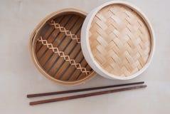 Tradycyjny bambusowy garnek Fotografia Royalty Free