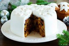 Tradycyjny Bożenarodzeniowy owoc tort zdjęcie stock