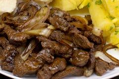 Tradycyjny Brazylijski karczemny karmowy striploin z cebulami obrazy stock