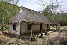 Tradycyjny dom w Naturalnym parku El Cubano Kuba Zdjęcie Stock