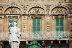 Tradycyjny domowy nadokienny architektura szczegółu los angeles Valletta stary holuje Obraz Stock
