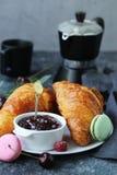 Tradycyjny Francuski Croissant obraz stock