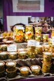 Tradycyjny francuz konserwować warzywa przy rynkiem Zdjęcia Stock