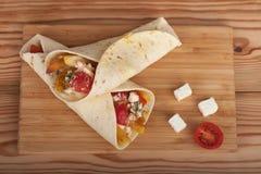 Tradycyjny grecki fast food dzwonił souvlaki lub gyros w pita Obraz Stock