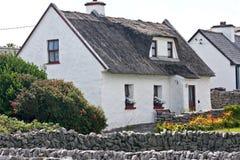 Tradycyjny irlandczyka dom, Inisheer, Irlandia Fotografia Royalty Free