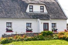 Tradycyjny irlandczyka dom, Inisheer, Irlandia Obrazy Stock