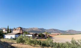 Tradycyjny izolujący podwórze wokoło gospodarstwa rolnego lub hotelu w Hiszpania Zdjęcia Royalty Free