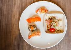 Tradycyjny Japoński karmowy Suszi Obrazy Royalty Free