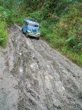 Tradycyjny jeepney w dżungli Philippines Obrazy Royalty Free