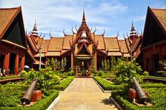 Tradycyjny Khmer Artchitecture przy Cambodias Natio Obrazy Stock