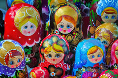 Tradycyjny rosjanin bawi się dla dzieci - gniazdować lal lale Fotografia Stock