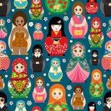 Tradycyjny Rosyjski lali Matryoshka zabawkarski gniazdować wektorowa ilustracja z ludzkiej dziewczyny ślicznej twarzy bezszwowym  Zdjęcie Stock