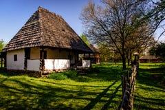 Tradycyjny stary wiejski dom w wsi Rumunia Fotografia Royalty Free