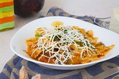 Tradycyjny Sycylijski naczynie: makaronu alla Norma Fotografia Royalty Free