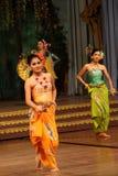 Tradycyjny Tajlandzki przedstawienie w Nongnooch ogródzie w Pattaya, Tajlandia Zdjęcie Stock