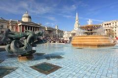 Trafalgar fyrkant i London Arkivbilder