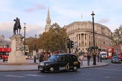Trafalgar kvadrerar - London Royaltyfria Bilder