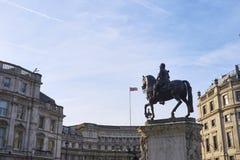 Trafalgar-Platz-Statue Lizenzfreie Stockfotos