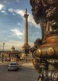 Trafalgar Square Nelson& x27 ; petit groupe de Londres de colonne de s Photographie stock libre de droits