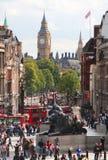 Trafalgarvierkant en Big Ben in Londen Stock Afbeelding