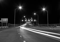 Traffic light in the Bridge at Night Royalty Free Stock Photography