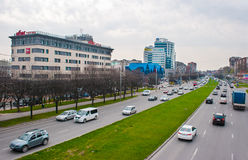 Traffic on the main avenue of the city Royalty Free Stock Photography