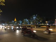 Traffic at night in Phnom Penh Royalty Free Stock Photos