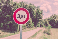 Traffic sign of 3,5 tons weigh restriction Stock Photos