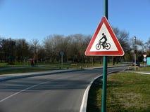 Traffichi il segno della bicicletta Fotografie Stock