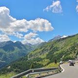 Traffichi sull'alta strada alpina del Grossglockner Fotografia Stock