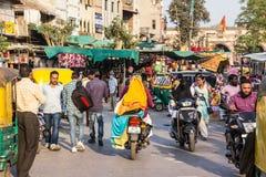 Traffico ad un mercato indiano immagine stock libera da diritti