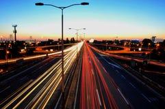 Traffico al crepuscolo Immagini Stock Libere da Diritti