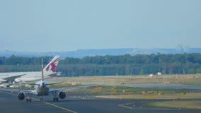 Traffico all'aeroporto di Francoforte video d archivio