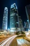 Traffico attraverso in città a Hong Kong Immagine Stock Libera da Diritti