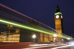 Traffico attraverso Londra Fotografie Stock Libere da Diritti