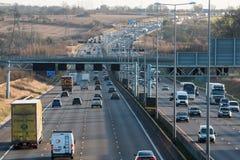 Traffico britannico dell'autostrada M1 Fotografia Stock Libera da Diritti