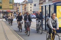 Traffico cittadino a Copenhaghen fotografie stock libere da diritti