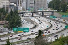 Traffico da uno stato all'altro dell'autostrada senza pedaggio Fotografia Stock Libera da Diritti