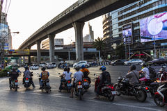 Traffico del motorino a Bangkok Fotografia Stock