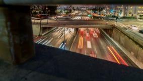 Traffico dell'autostrada senza pedaggio al rallentatore stock footage